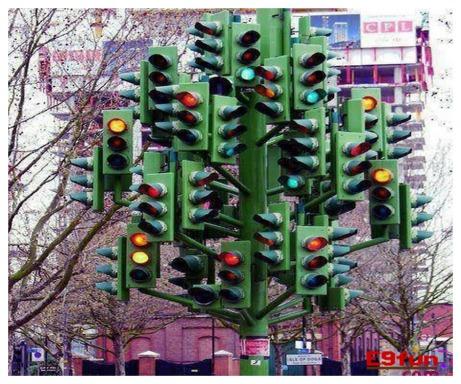 At the next red light, turn LEFT.jpg