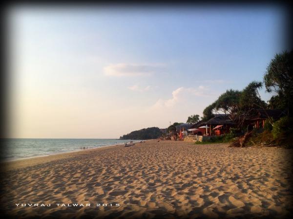 Klong Nin beach at sunset